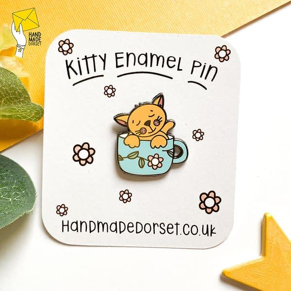 Cute kitty cat enamel pin, cat in a cup pin